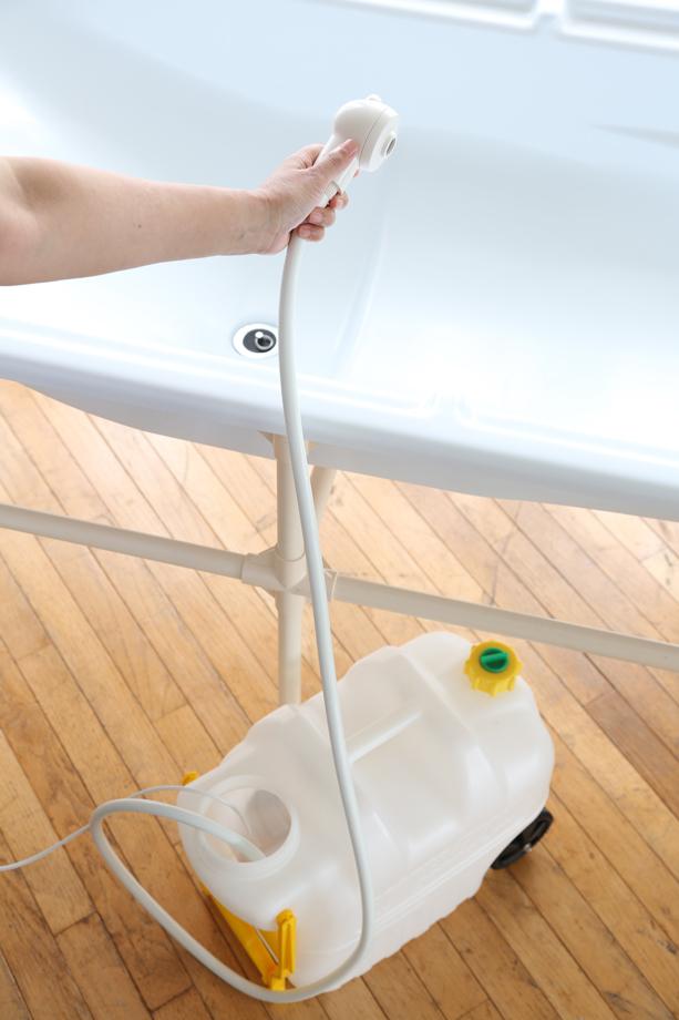 ポンプ付簡易シャワー
